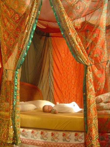 La piccola india artigianato indiano sahil e tania lamba - Zanzariera per letto matrimoniale ...